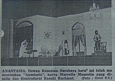 DKS-750222-SH-DKS-Gabungan Teater Surabaya-Anastasia- (2)